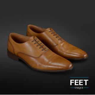 Donkerbruine ¨Strikloze¨ schoenveters voor nette schoenen